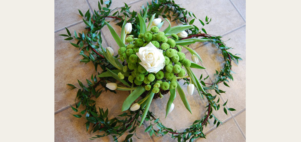Biodegradable flowers help the environment funeral magazine explores biodegradable flowers for eco funerals solutioingenieria Image collections