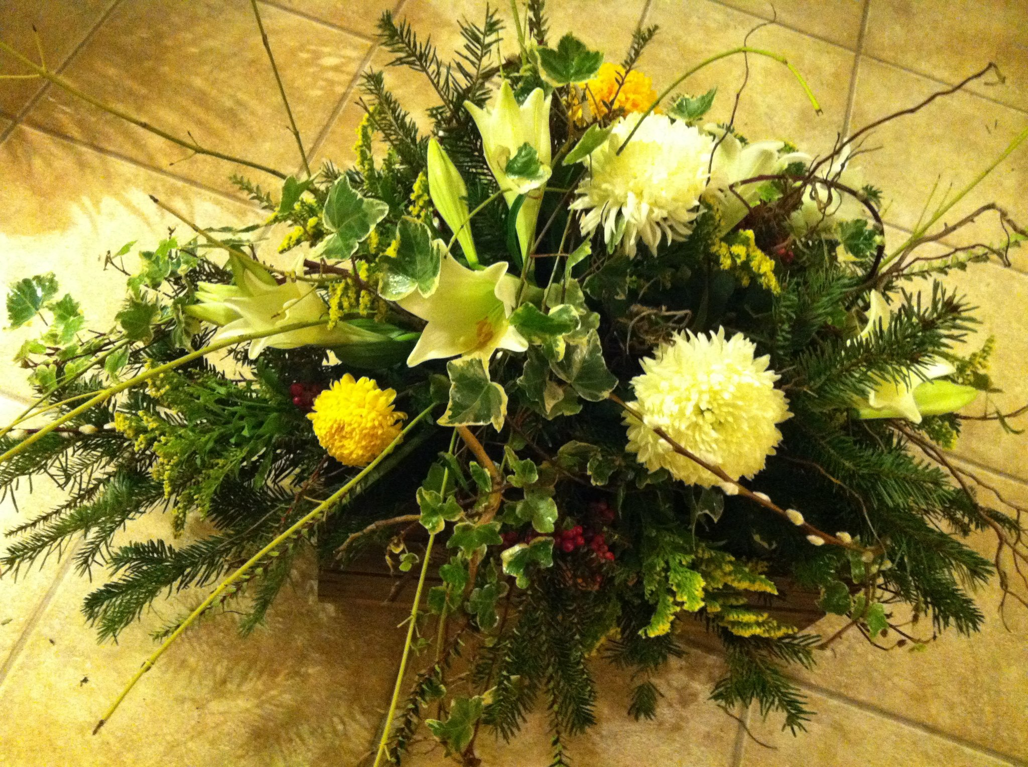Biodegradable flowers help the environment Funeral Magazine explores